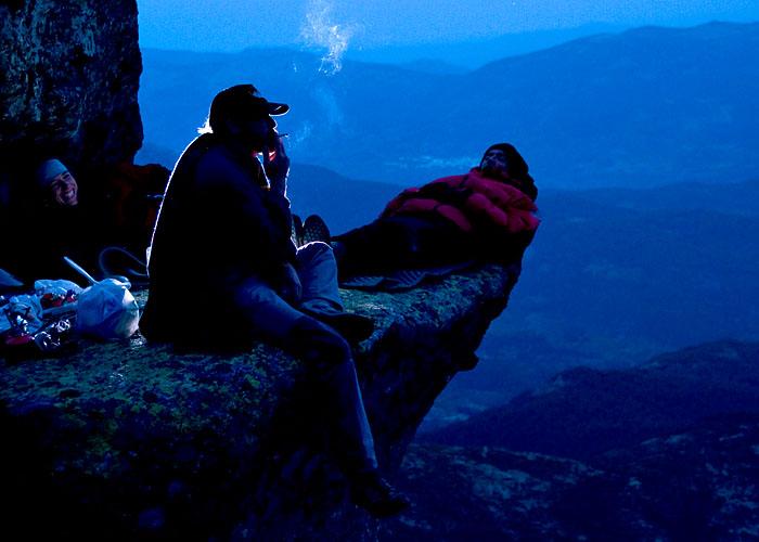 Un cigarrito pal pecho...