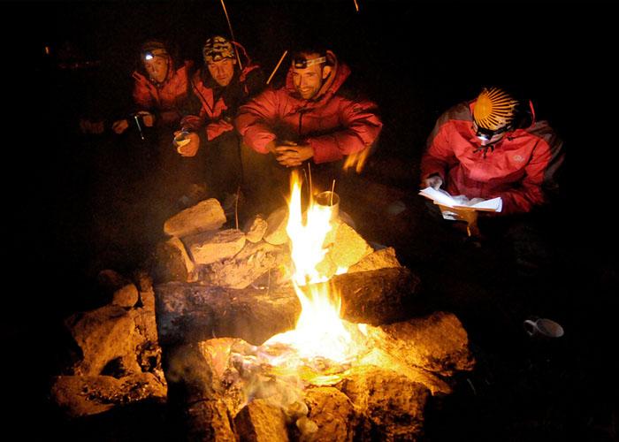 Hoguera, ritual de cada noche en Quarkin Aspen campground.